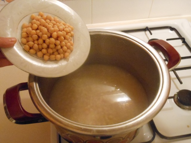 Add the chickpeas.